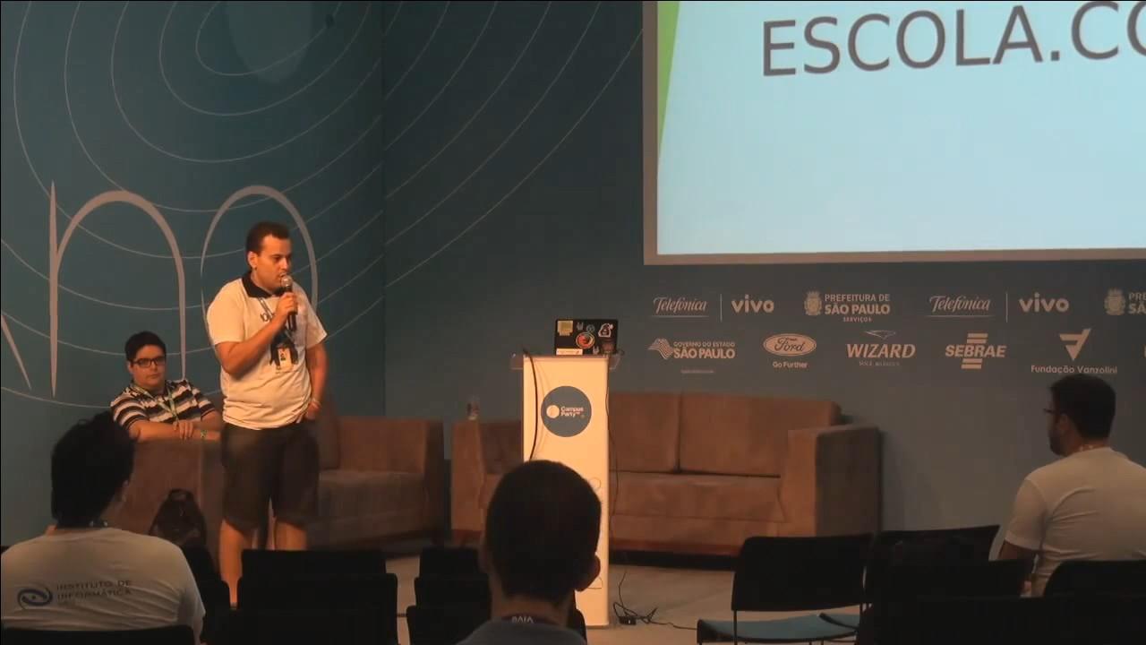 Image from Escola.com: experiencia de implantação de netbooks da rede municipal de Cascavel com Software Livre